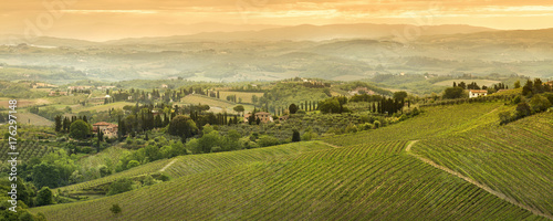 Deurstickers Toscane orange sunset in Tuscany valley in Italy
