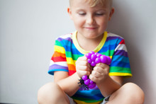 Anti Stress Face Reliever Grape Ball Autism Mood Squeeze Relief Healthy Funny.