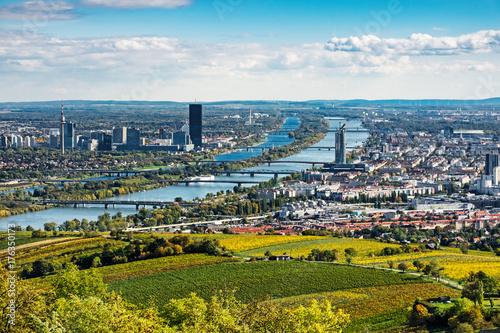 Garden Poster Vienna Wien Panorama im Herbst