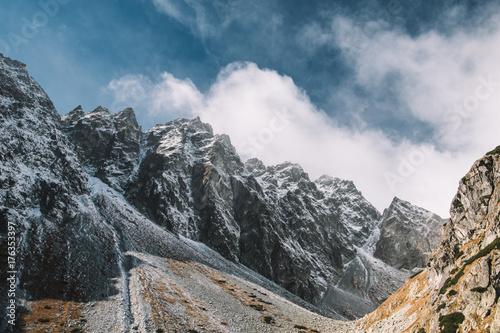 Górski krajobraz, wspaniały widok na Wysokie Tatry