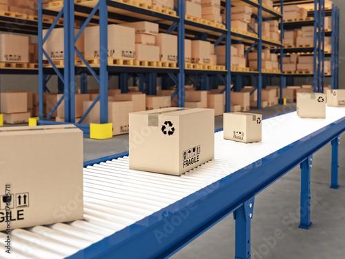 Fotografiet  conveyor with boxes