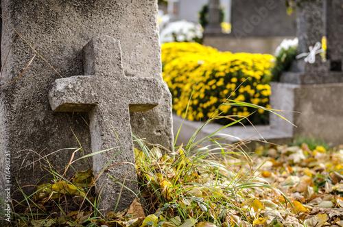 Keuken foto achterwand Begraafplaats stone cross at cemetery