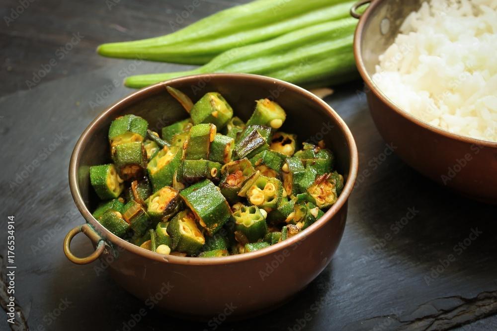 Fototapety, obrazy: Okra fry / Bhindi Masala, selective focus