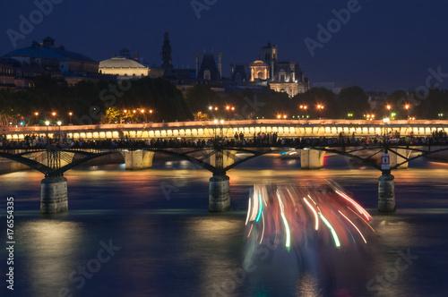 Obraz na dibondzie (fotoboard) Most na rzece Seine w nocy. Paryż.