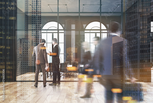 Photographie  Black brick and glass office, meeting room, people