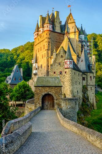 Foto op Plexiglas Kasteel Burg Eltz castle in Rhineland-Palatinate, Germany.