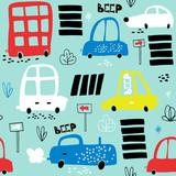 Bezszwowy wzór z ręka rysującym ślicznym samochodem. Kreskówka samochody, znak drogowy, ilustracji wektorowych przejścia dla pieszych. Idealny dla dzieci tkaniny, tkaniny, tapety przedszkola - 176632565