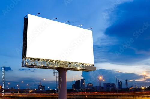 Fotografía  Blank billboard ready for use
