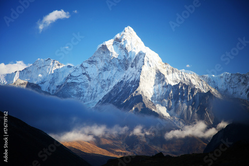 Canvas Print Amazing Ama dablam mountain.