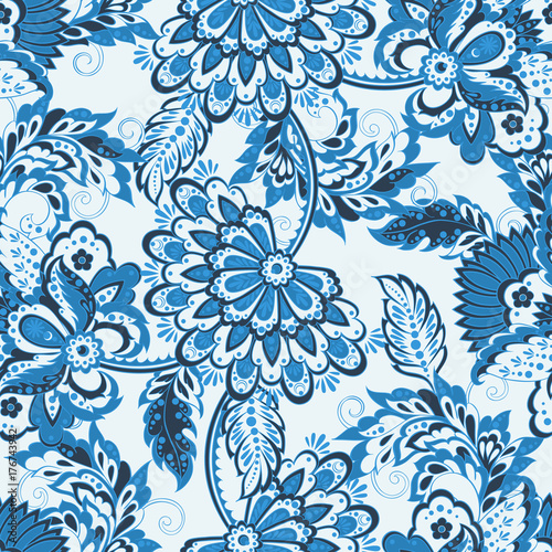 niebieski-etniczny-wzor-na-bialym-tle