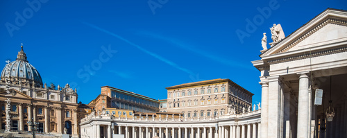 Photo Saint Peter square on a clear day