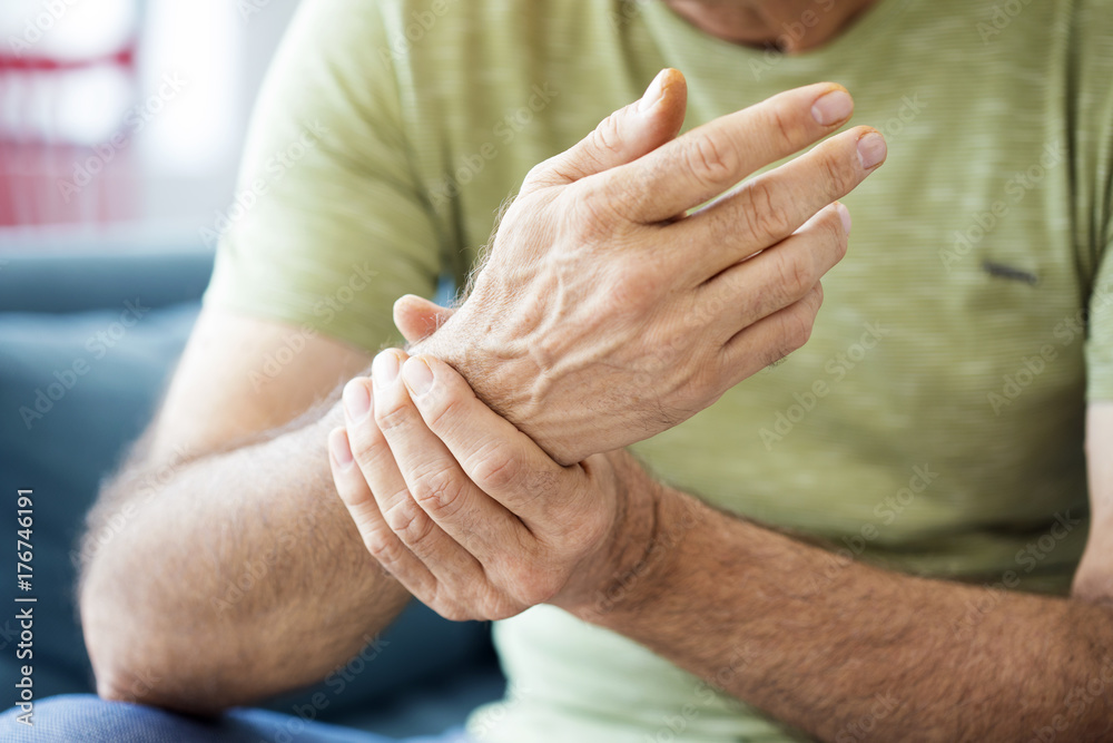 Fototapety, obrazy: Old man suffering from pain and rheumatism