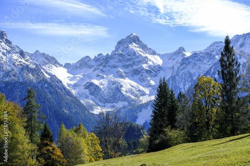 Plakat Sławna góra Zimba w automn, Vorarlberg, Austria, Europa