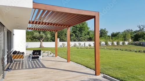 Pergola on prefabricated passive house Obraz na płótnie