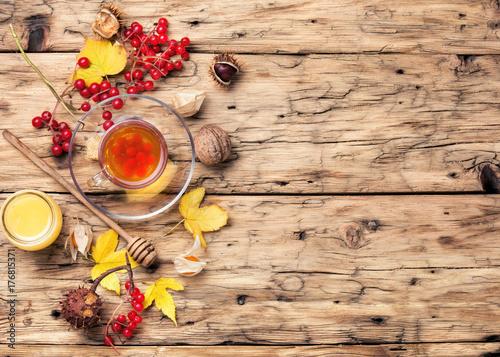 Zdjęcie XXL rozgrzewająca jesienna herbata