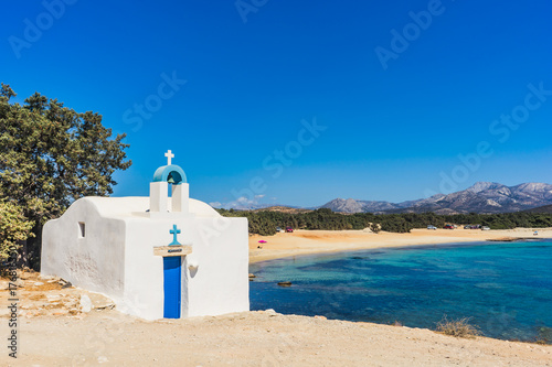 Agios Ioannis chapel on Aliko beach in Naxos island, Cyclades, Greece Fototapete