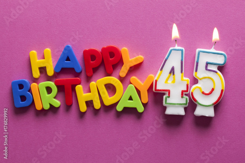 Photographie  Number 45 happy birthday celebration candle