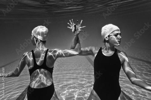 Zdjęcie XXL Podwodny akt wykonawczy