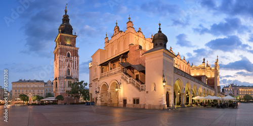 Fototapeta Panorama of Townhall and Cloth Hall in the Morning, Krakow, Poland obraz