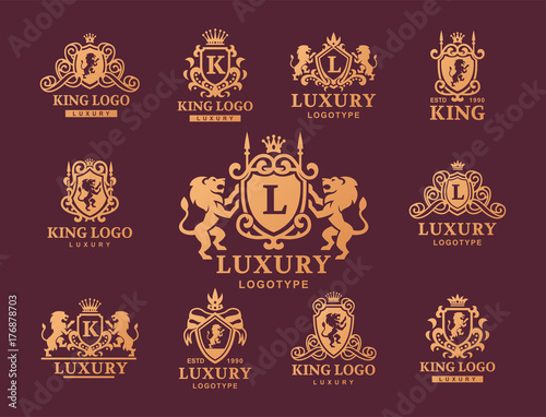 Foto  Luxury boutique Royal Crest high quality vintage product heraldry logo collection brand identity vector illustration