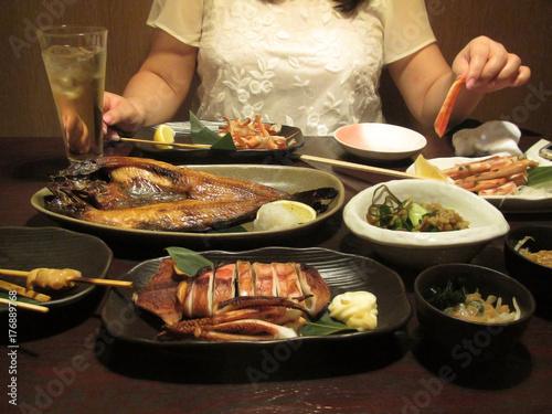 Pinturas sobre lienzo  海鮮料理 大食い者