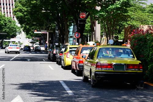 Zdjęcie XXL Taksówka na przystanku