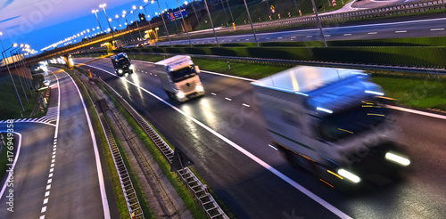 Fotografía  Trucks on four lane controlled-access highway in Poland