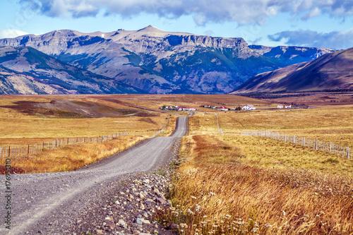 Fototapeta Droga do argentyńskiego jeziora