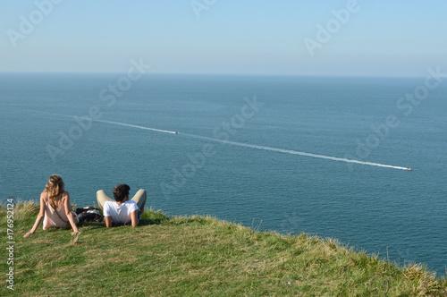 Plakat ludzie relaks wypoczynek para ocean ocean środowisko zielona pogoda