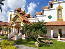 Miami, Florida, November 2017: Wat Buddharangsi Of Miami Theravada Buddhist Temple.