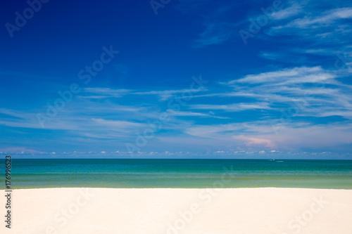 Poster Mer / Ocean beach and tropical sea
