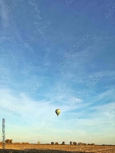 Plakat Krajobraz z balonem