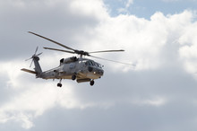 Black Hawk Uh 60 Helicopter Re...