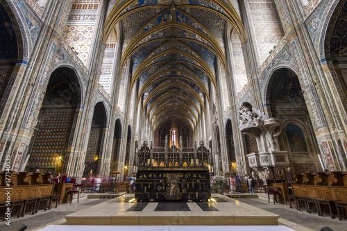 Fototapeta Katedralna bazylika święty Cecilia w Albi, Francja. Pierwotnie zbudowany jako twierdza i uważany za największy ceglany budynek na świecie. Miejsce światowego dziedzictwa od 2010 roku