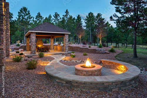 Photo sur Aluminium Jardin Amazing Outdoor Living Space