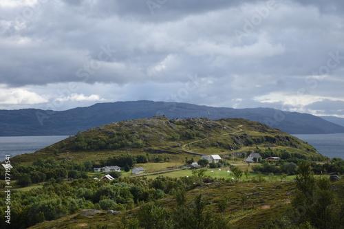 Norwegen, Norge, Alta, Altafjord, Fjord, Langfjorden, Langenesholmen, Insel, Bun Fototapeta