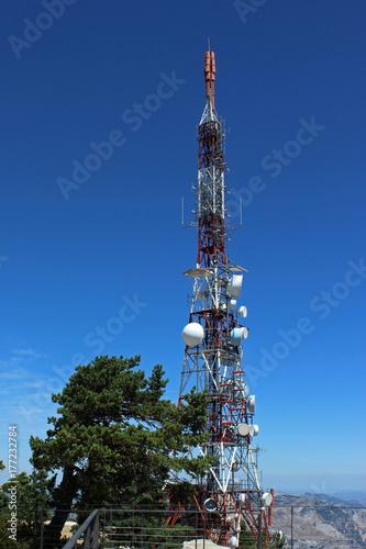 Fotografía  Torre de comunicaciones (antena)