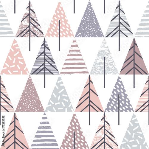 Stoffe zum Nähen Abstrakte geometrische nahtlose Muster mit Weihnachtsbäumen.
