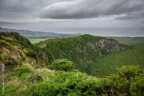 Fototapeta Na szczycie krateru wulkanu na wyspach Azorów, Terceira 2
