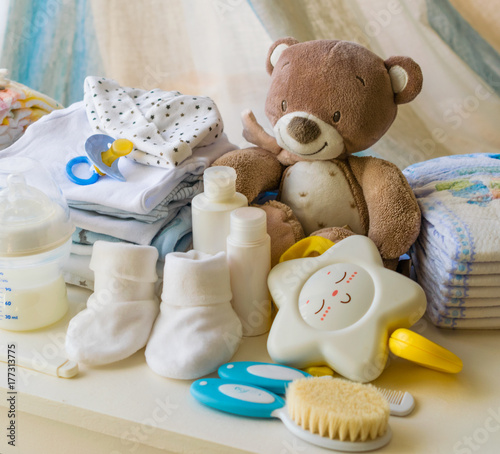 Obraz baby products, symbols for newborns, - fototapety do salonu