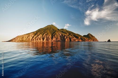 Photo Stands Island View of Saba's North coast