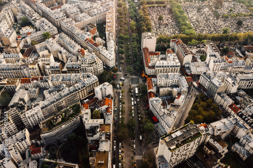 Paris - 177425553