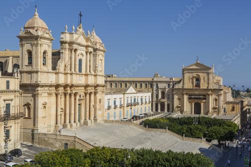 Zdjęcie XXL Katedra w historycznym centrum miasta Noto na Sycylii