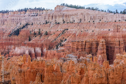 Deurstickers Canyon Spectacular view at the cliffs and cloud sky. Amazing mountain landscape. Breathtaking view of the canyon. Bryce Canyon National Park. Utah. USA
