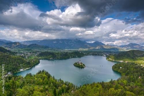 Zdjęcie XXL Jezioro Bled na wiosnę