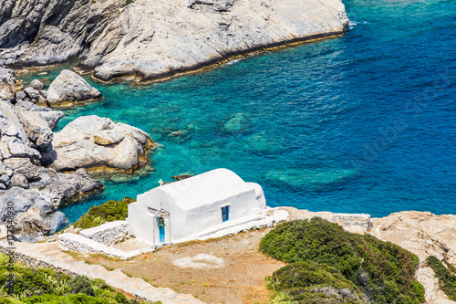 Photo Agia Anna chapel on Amorgos island, Greece, Cyclades.