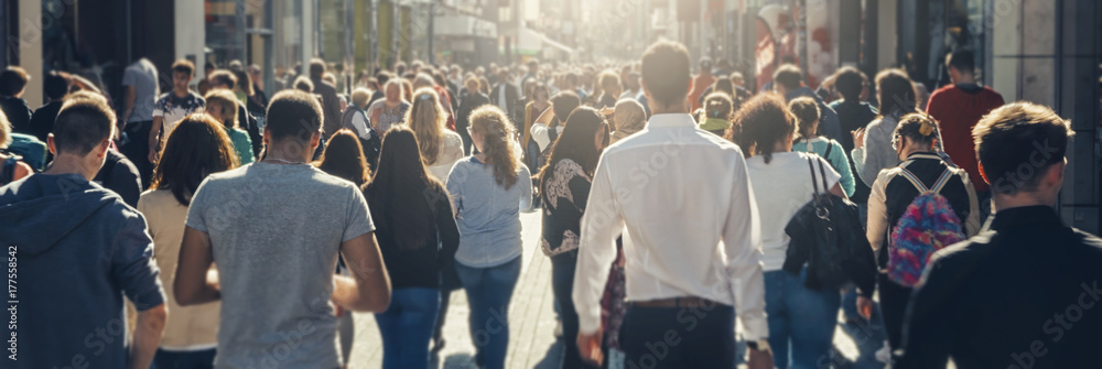 Fototapety, obrazy: crowd of people in a shopping street
