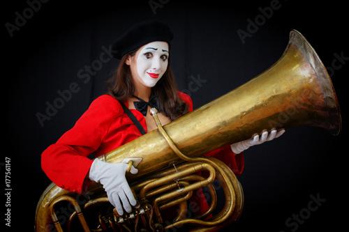 Zdjęcie XXL MIM posiada muzyczną fajkę