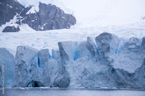 Poster Glaciers Blue ice glacier