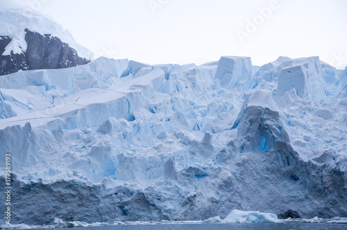 Papiers peints Arctique Blue ice glacier
